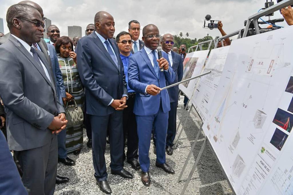 Le Premier ministre ivoirien, Amadou Gon Coulibaly, lors du lancement des travaux du pont de Cocody, le 22 mars 2019.
