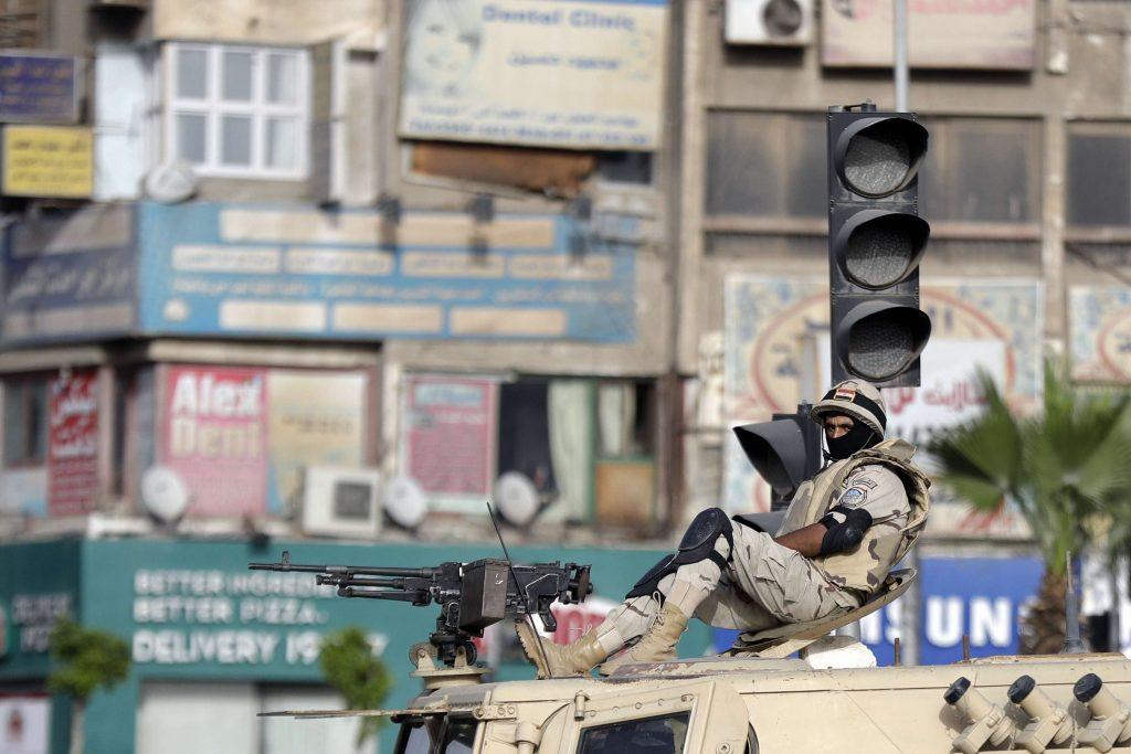 Patrouille militaire au Caire, en août 2017.