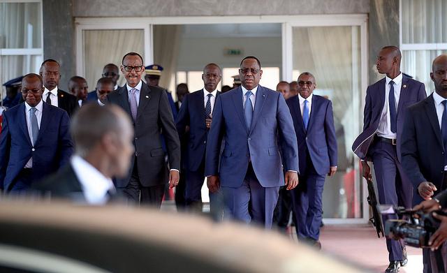 Macky Sall accueille son homologue rwandais Paul Kagame à Dakar, le 1er avril 2019.