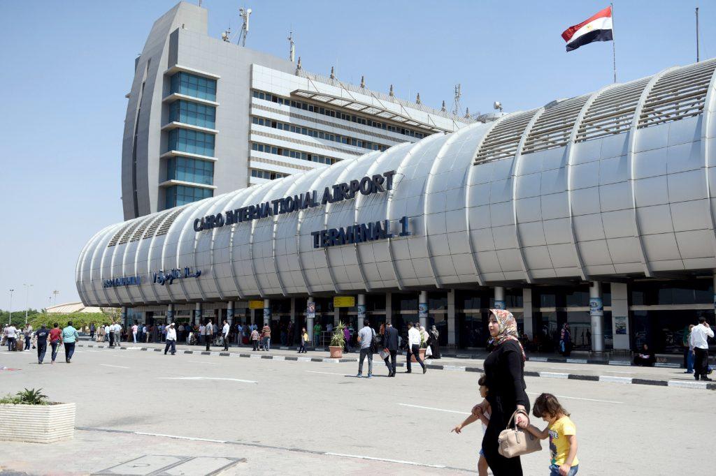 L'aéroport duCaire est le deuxième le plus fréquenté du continent, avec 17,4millions de passagers en 2018.