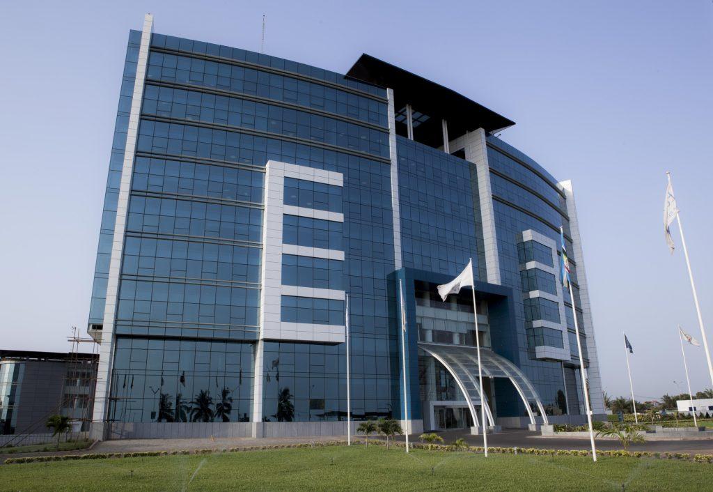 Le nouveau siège d'Ecobank à Lomé (Togo), inauguré en juin 2011. © Michel Aveline