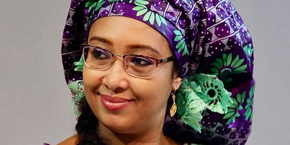 L'écrivaine camerounaise Djaïli Amadou Amal a remporté mercredi 22 mai 2019 la première édition du prix Orange du livre en Afrique.