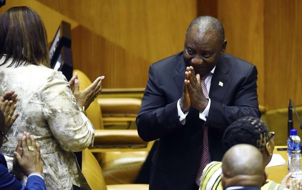 Cyril Ramaphosa, après avoir été réélu président, sans surprise, par le Parlement sud-africain, le mercredi 22 mai 2019.
