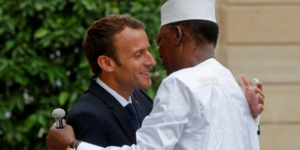Calendrier Meeting Macron 2019.Tchad France Le Drian Presse Deby De Tenir Le Calendrier