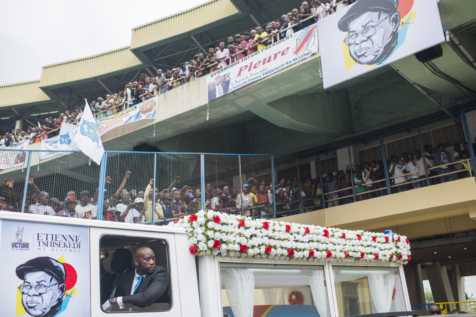 La cérémonie populaire au stade des Martyrs.