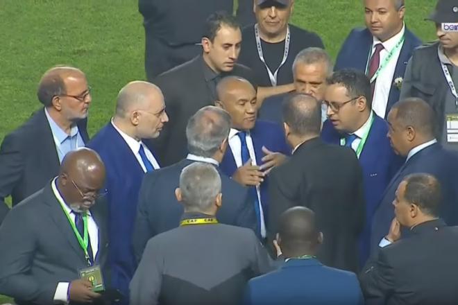 Finale de Ligue des champions à rejouer : ce que Youssef Chahed a dit à Ahmad Ahmad