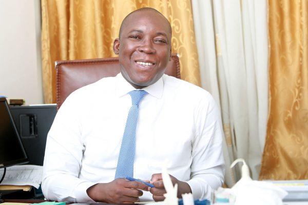 Malik Natchaba (Togo), 41 ans, coordonnateur de la cellule présidentielle d'exécution et de suivi des projets prioritaires (CPES)