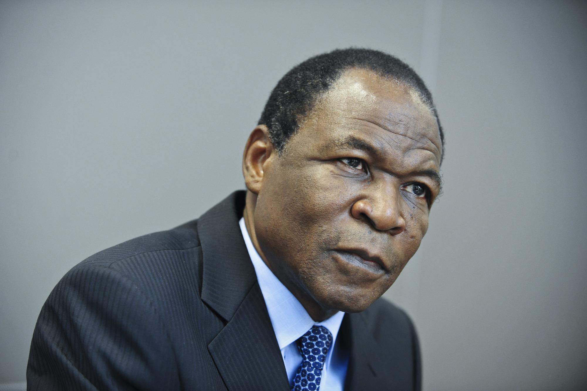 Francois Compaore (Burkina Faso), agronome, frère de l'ancien president Blaise Compaore (1987-2014), il fut son conseiller pour les questions economiques et charge de mission a la présidence, à Paris, en 2017.