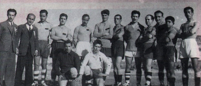 Le Nejmeh SC en 1945.