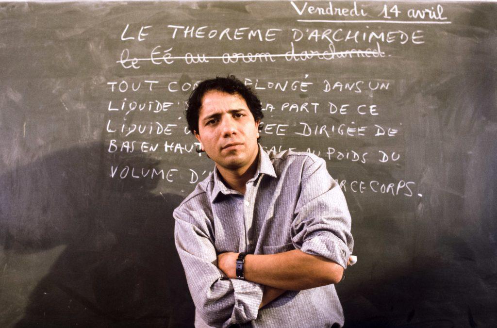 Mehdi Charef, pendant le tournage du film Le Thé au harem d'Archimède, en 1984.