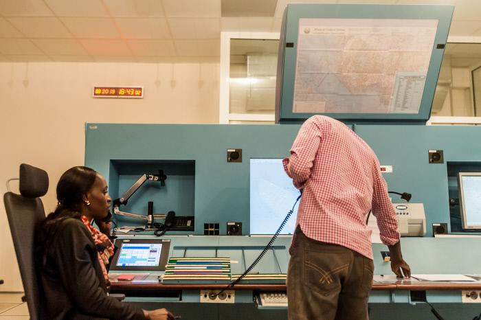 Dans la salle de contrôle de l'Asecna, en 2011, à Dakar (Illustration).
