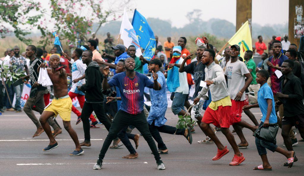 Des militants en liesse lors de l'arrivée de Jean-Pierre Bemba, à Kinshasa le 23 juin 2019.