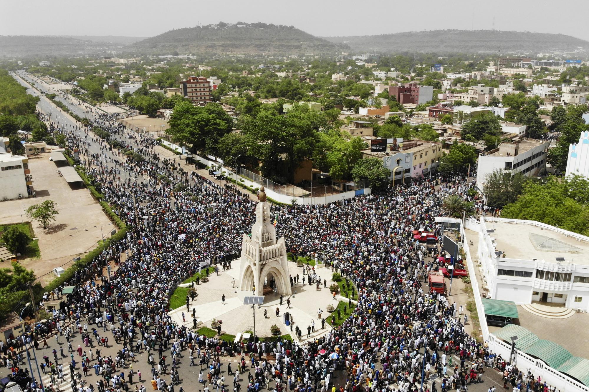 Le 5avril, à Bamako. Manifestation à l'appel du Haut Conseil islamique du Mali (HCIM) pour dénoncer le massacre d'Ogossagou et protester contre la politique du gouvernement.