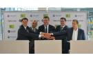 Signature du partenariat entre Telnet et les sociétés russes  Sputnix et GK Launch Services, le 24 juin 2019 à Moscou.