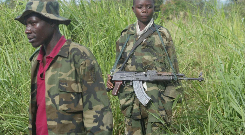 Soldats de l'Union des patriotes rwandais (UPC) en 2003 à Bunia, en RDC.