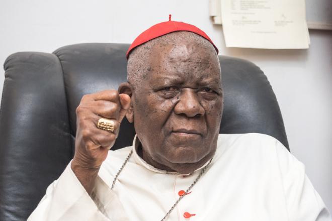 Crise anglophone au Cameroun : le cardinal Christian Tumi se confie à Jeune Afrique