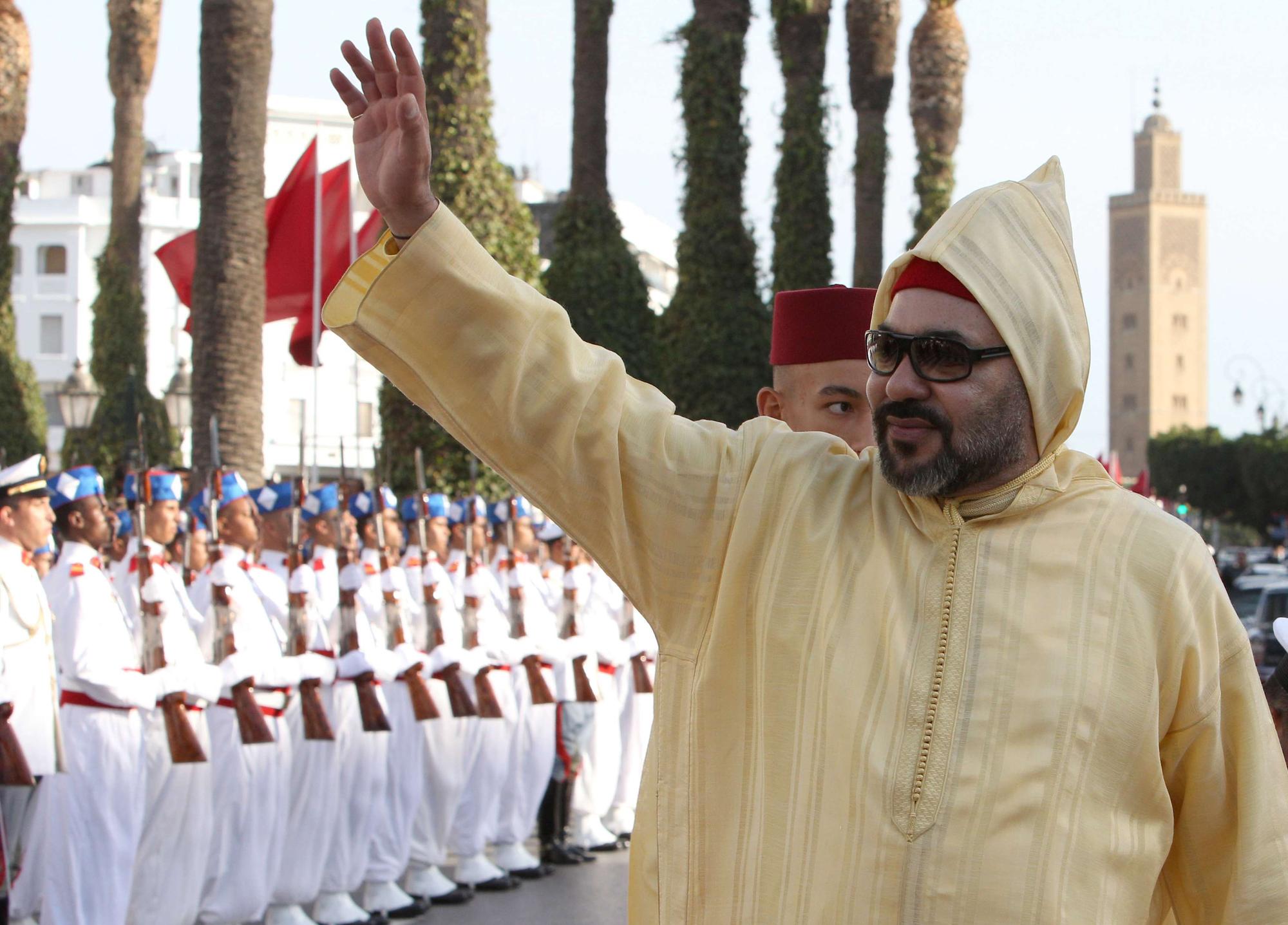 Le roi du Maroc, Mohammed VI, arrivant à la Chambre des Représentants pour l'ouverture d'une nouvelle session parlementaire, le 12 octobre 2018 à Rabat (image d'illustration).