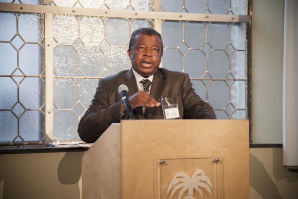 Jacques Muyembe est à la tête du comité d'experts chargé de contenir l'épidémie d'Ebola en RD Congo.