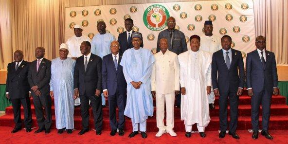 Treize des quinze chefs d'État de la Cedeao étaient présents au sommet d'Abuja, le 29 juin.