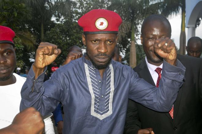 Ouganda : Bobi Wine se déclare candidat à l'élection présidentielle de 2021