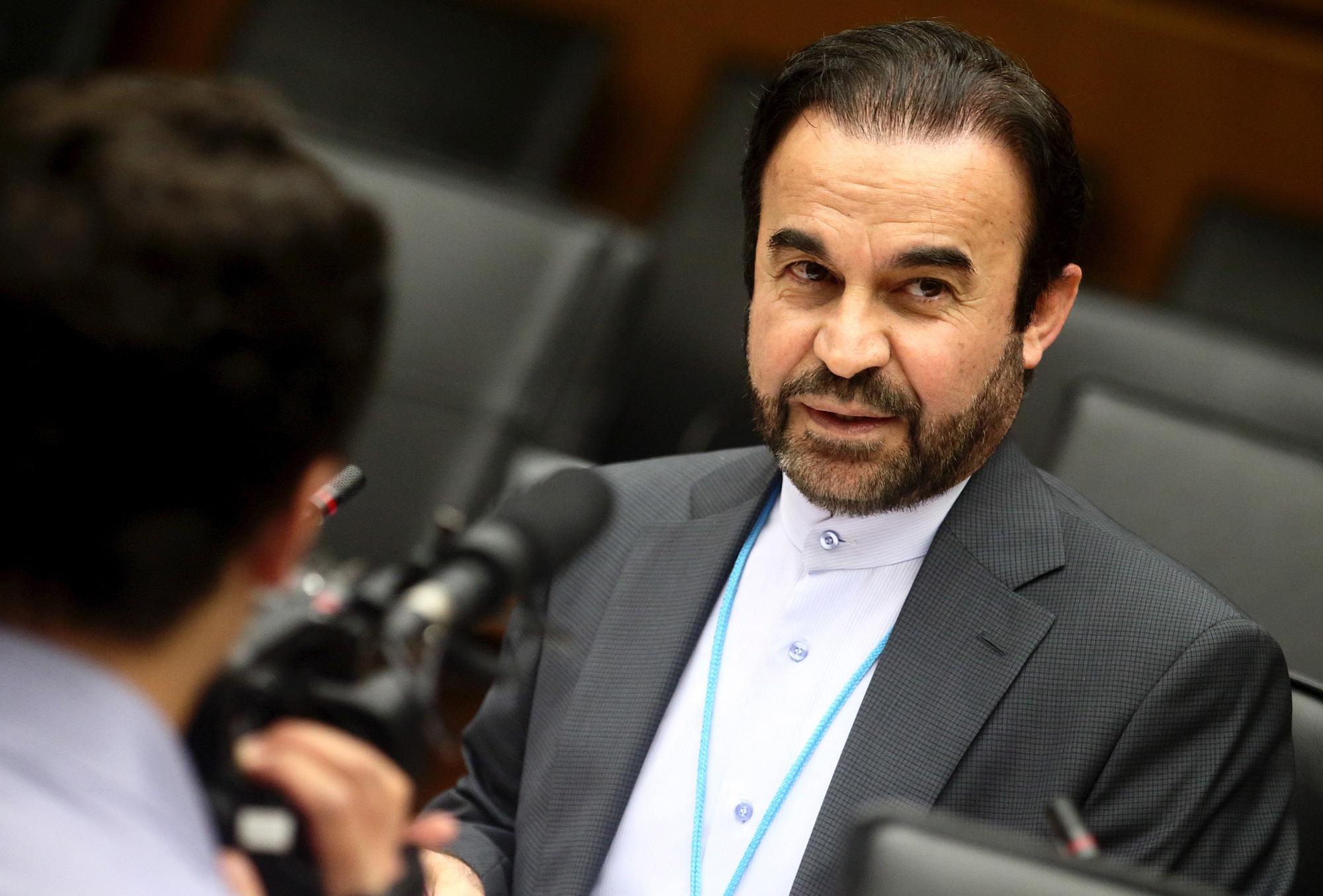 Reza Najafi est chargé au ministère iranien des Affaires étrangères des questions relatives à la paix et à la sécurité internationales.