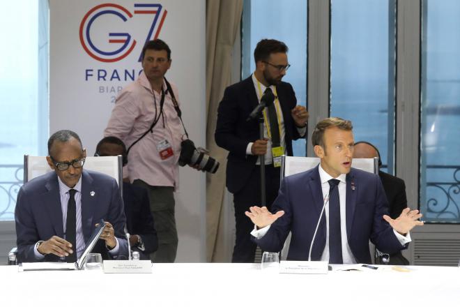 Coulisses du G7 : ce qu'Emmanuel Macron a dit à Paul Kagame à Biarritz