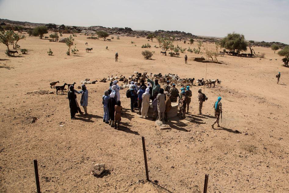 Une délégation de la Minsma à Takalout, à une quarantaine de kilomètres au sud de Kidal.
