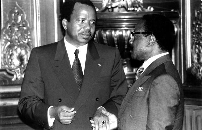 Omar Bongo et Paul Biya, le 19 novembre 1991 au Palais de Chaillot, à Paris.