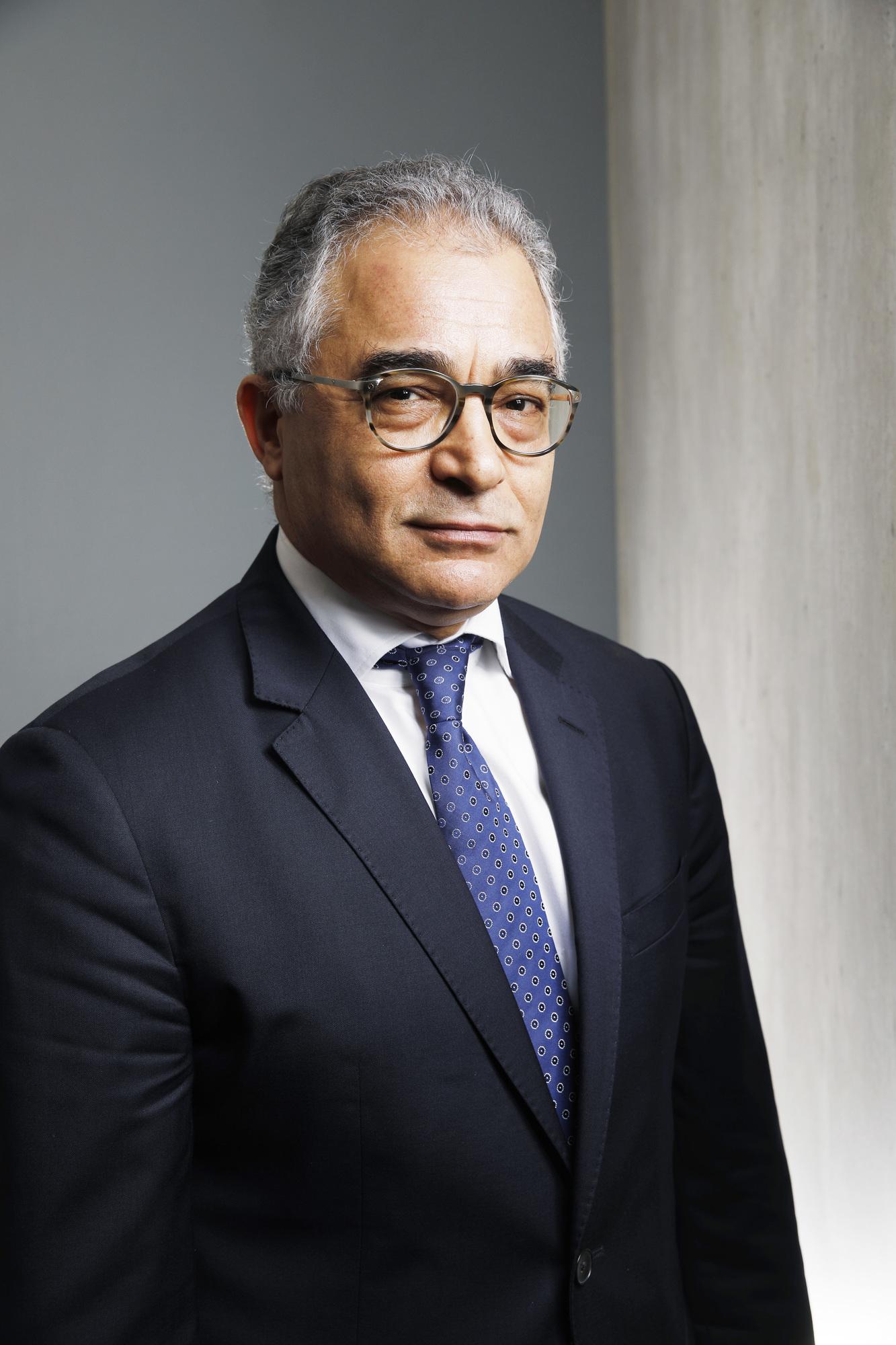 Mohsen Marzouk , Le secrétaire général de Machrouû Tounes à Paris dans les locaux de Jeune Afrique