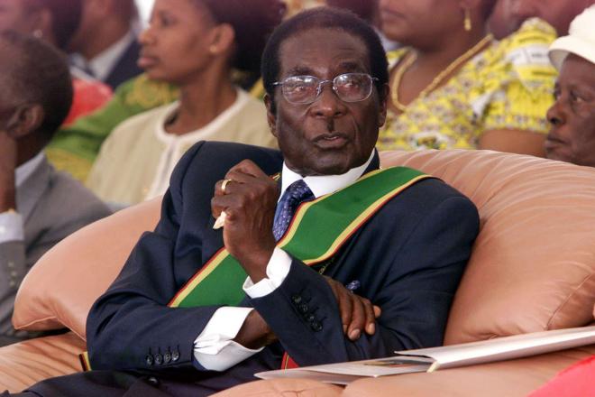 Zimbabwe- Robert Mugabe en 1992: dure sera la chute