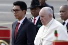 Le pape François à son arrivée à Madagascar, le 6 septembre 2019.