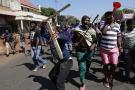 Des résidents protestent dans les rues de Johannesburg, le 8 septembre 2019.