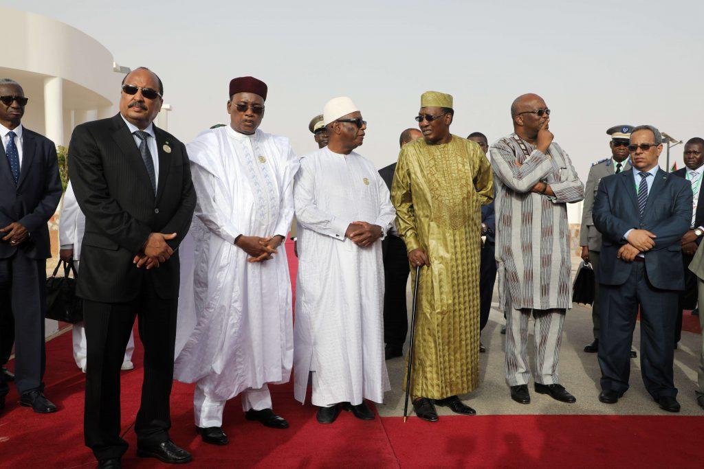 Mohamed Ould Abdel Aziz, Mahamadou Issoufou, Ibrahim Boubacar Keita, Idriss Deby, Roch Marc Christian Kabore à Nouakchott, à l'issue d'une rencontre sur les problématiques sécuritaires, le 2 juillet 2018.