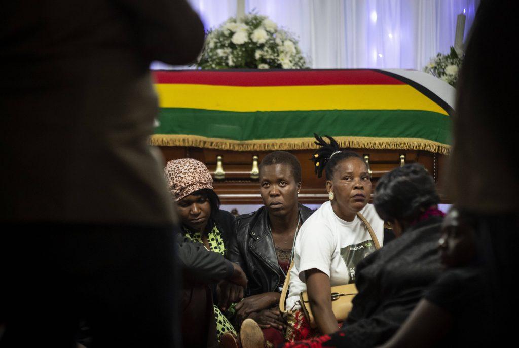 La dépouille de Robert Mugabe dans sa résidence principale d'Harare, le 11 septembre 2019.