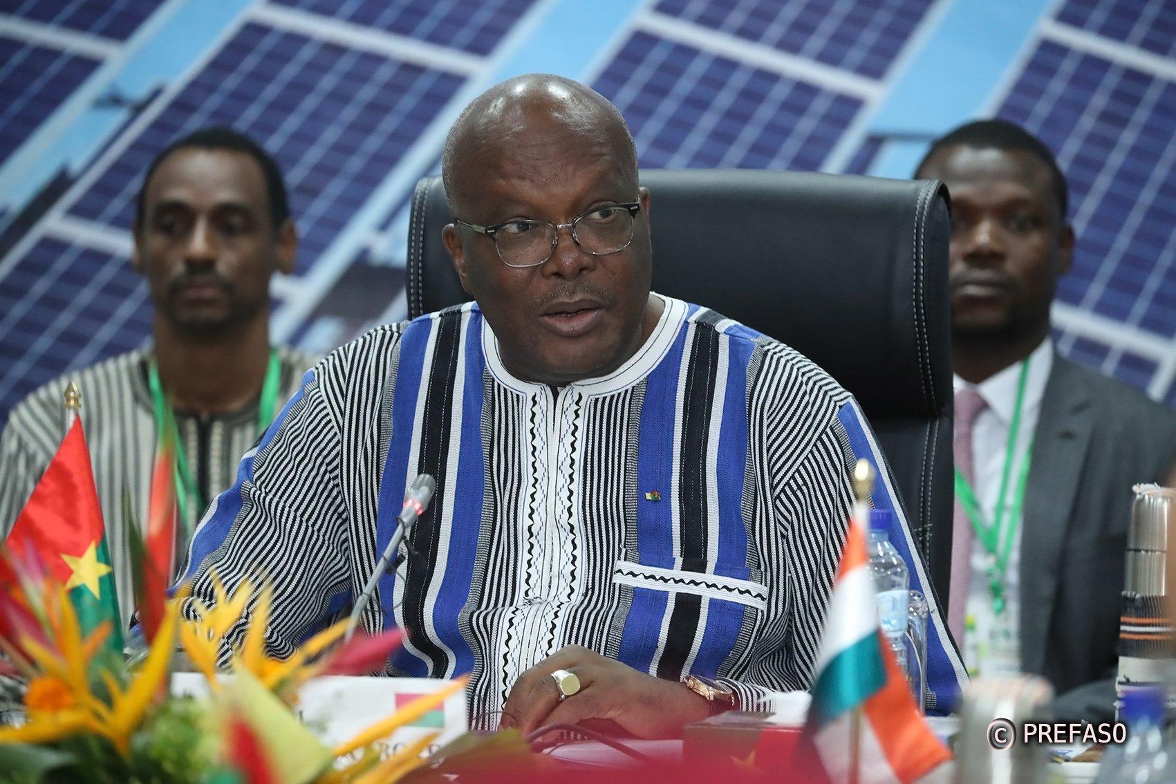 Le président burkinabè Roch Marc Christian Kaboré, vendredi 13 septembre 2019, lors d'une rencontre préparatoire au sommet extraordinaire de la Cedeao sur la sécurité.
