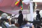 Le président sud-africain, Cyril Ramaphosa, a été hué lors de la cérémonie d'hommage à Robert Mugabe, le 14 septembre à Harare, suite aux violences xénophobes qui ont frappé son pays.