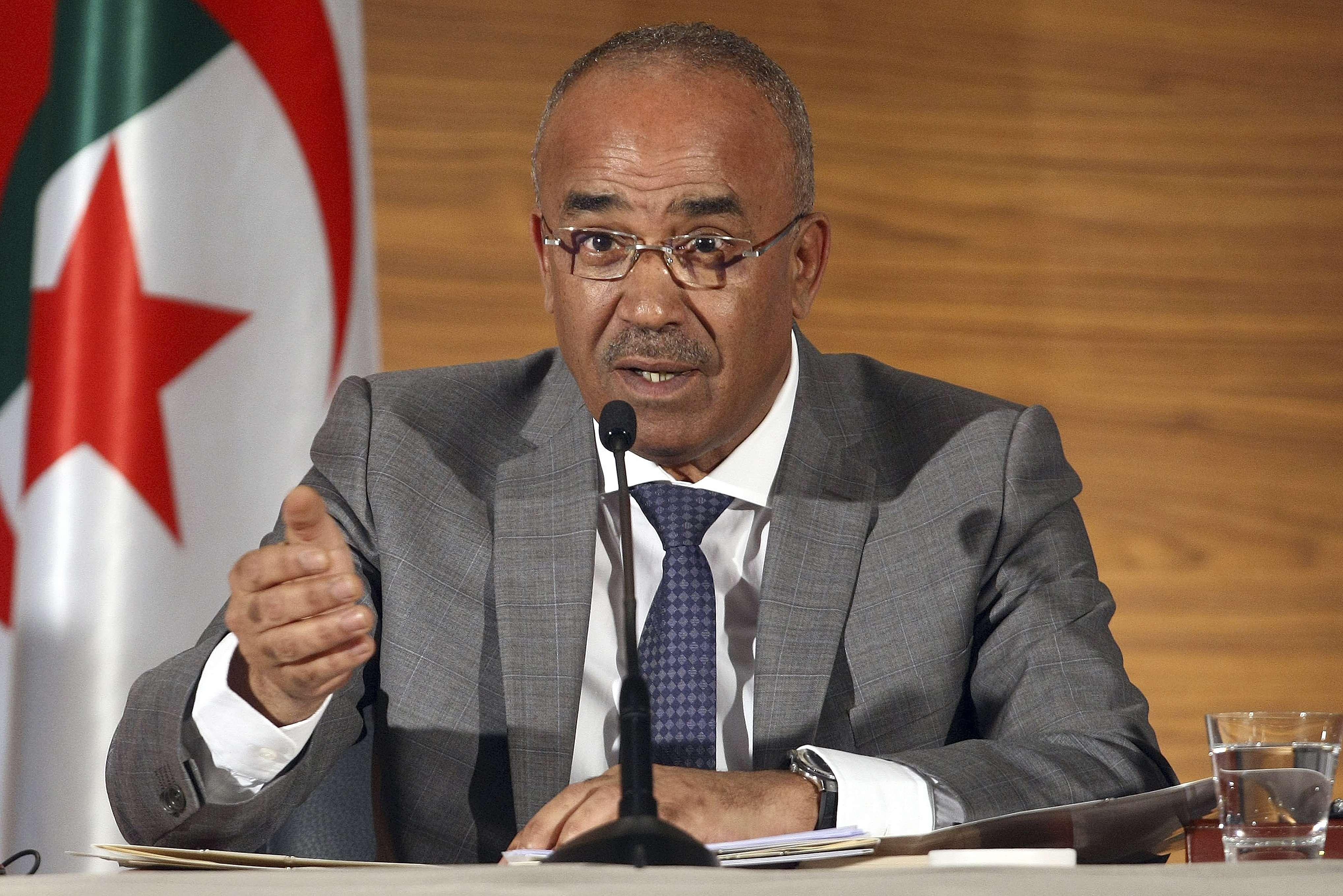 Le Premier ministre Noureddine Bedoui, le 11 mars 2019, lors d'une conférence de presse à Alger.