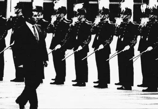 Tunisie : en 1988, Ben Ali impose son style à Paris lors de son premier voyage officiel en Occident