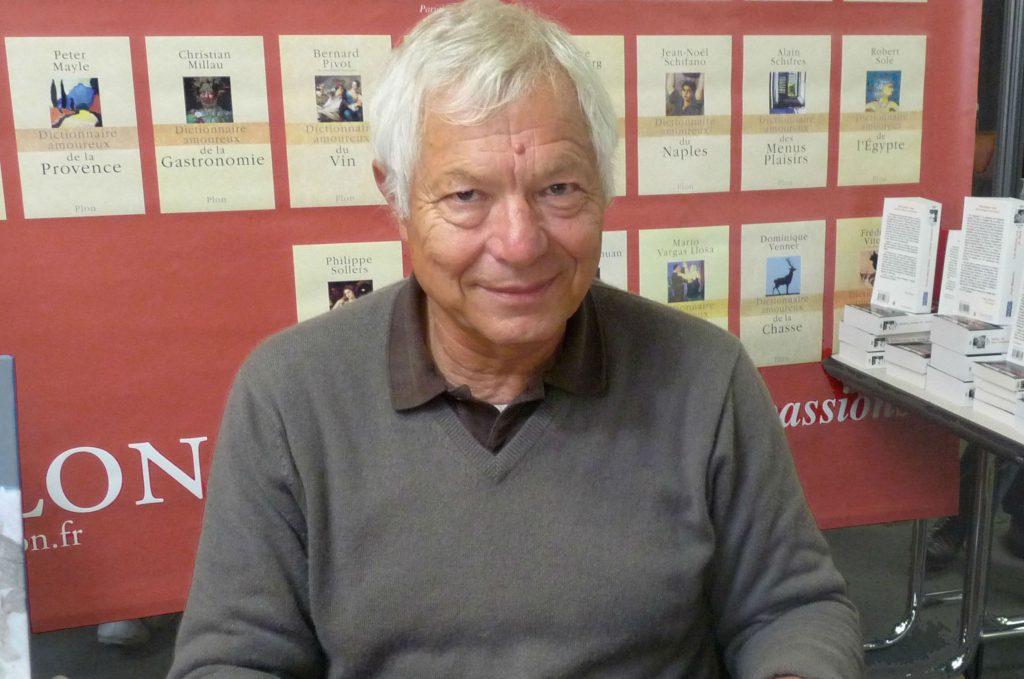 L'écrivain, éditeur et journaliste français Denis Tillinac au Salon du livre Amerigo Vespucci, lors du 20e Festival international de géographie à Saint-Dié-des-Vosges, en 2009.