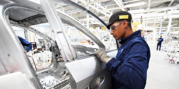 L'usine emploie 1244salariés et s'apprête à en recruter 300autres.