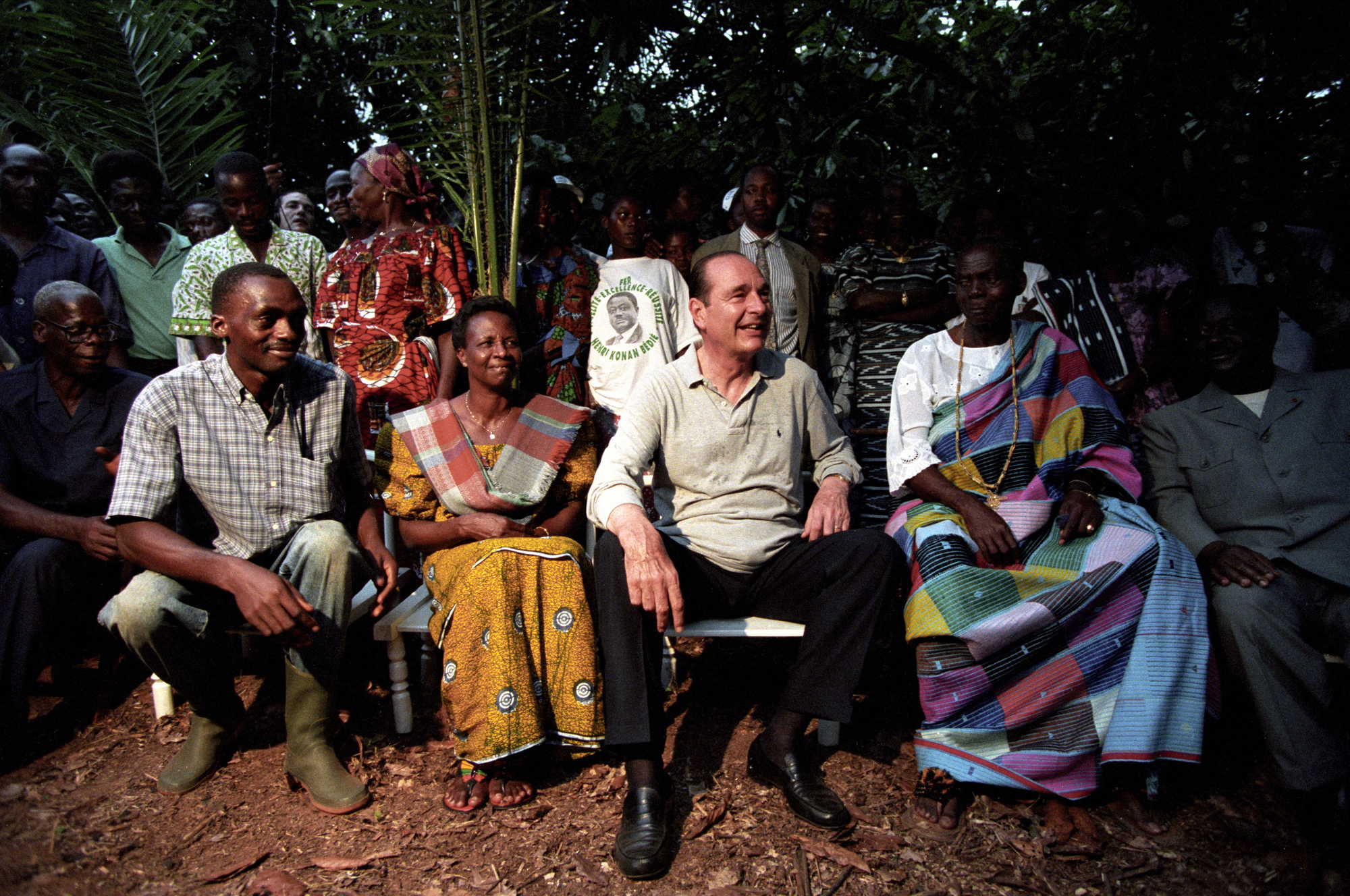Cote d' Ivoire1995, French president Jacques Chirac on an official visit to the Cote d'Ivoire (Ivory Coast) meeting with residents of a small village in the midst of the jungle., (Photo by Francis Apesteguy/Getty Images)