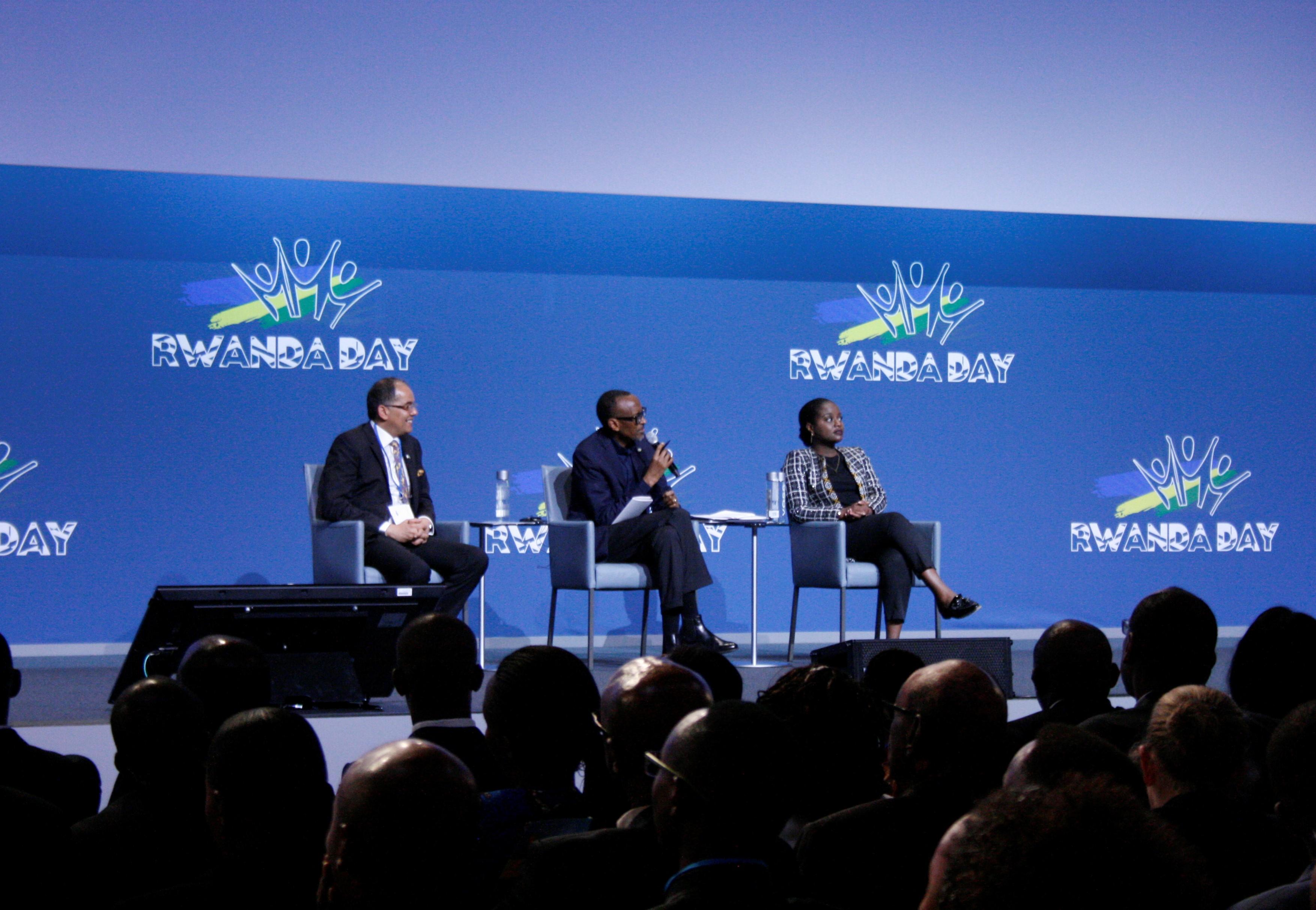 Séance de questions-réponses avec le président rwandais Paul Kagame, le 5 octobre 2019 à Bonn (Allemagne)