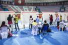 Des agents de l'Instance électorale comptant les votes des élections législatives, lundi 7 octobre 2019 à Tunis (image d'illustration).