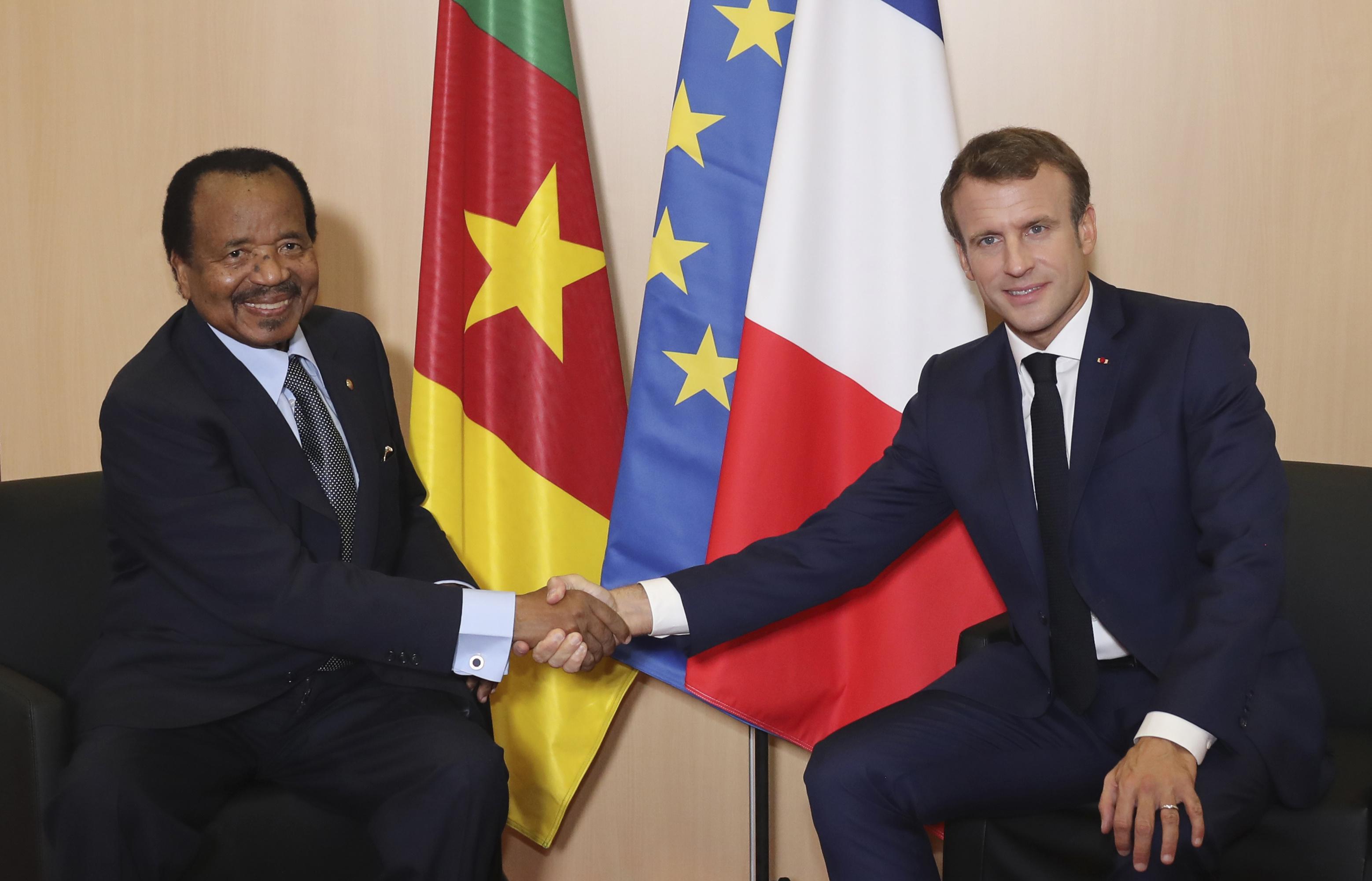 Rencontre bilatérale entre le président camerounais Paul Biya et le chef de l'Etat français Emmanuel Macron, le 10 octobre 2019.