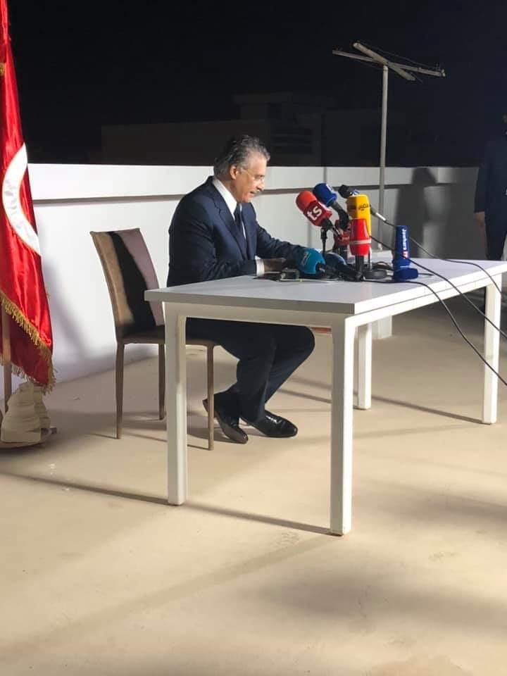 Nabil Karoui s'exprimant après sa défaite au second tour de l'élection présidentielle, dimanche 13 octobre 2019 à Tunis.