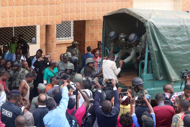Cameroun : rapts, assassinats et couvre-feu... vivre à Bamenda, au coeur du conflit anglophone