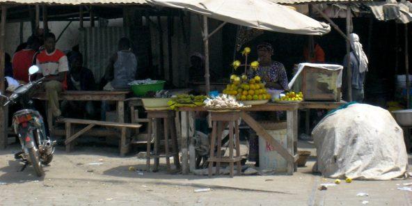 Des vendeurs au Bénin (illustration).