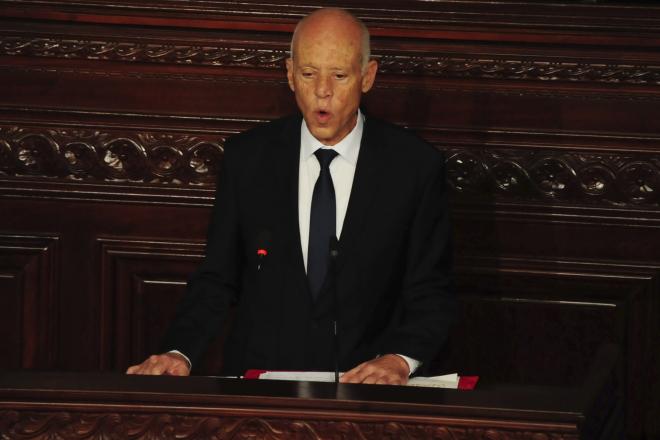 """Tunisie : """"Je n'ai pas le droit de décevoir"""", affirme Kaïs Saïed dans son discours d'investiture"""