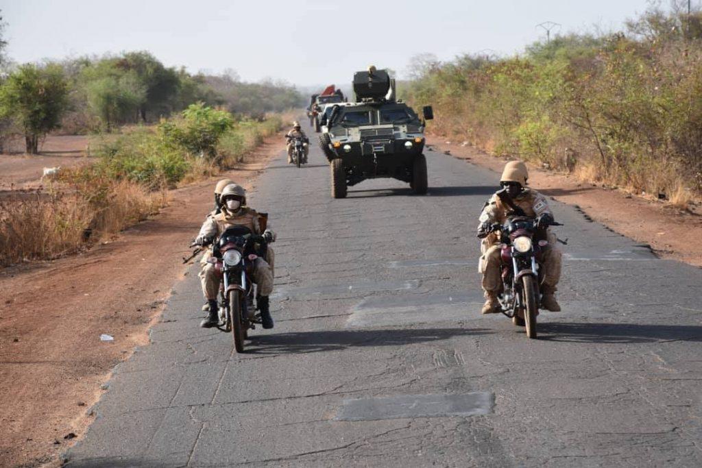 Des militaires burkinabè en patrouille (image d'illustration).