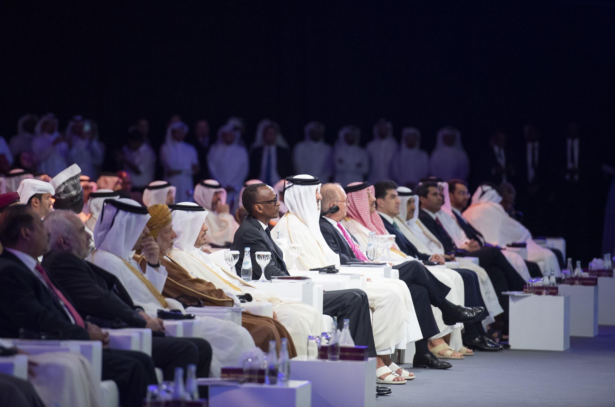 Le président Kagame participe à la cérémonie d'ouverture de la conférence Qitcom 2019 aux côtés de Tamim ben Hamad Al Thani.